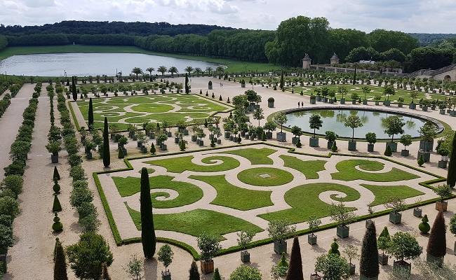 650x400_Garden of Versailles